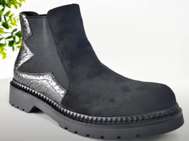 Women fashion cowboy boots