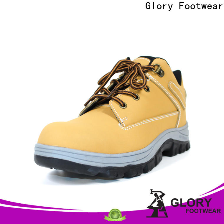 newly industrial safety shoes in different color for outdoor activity