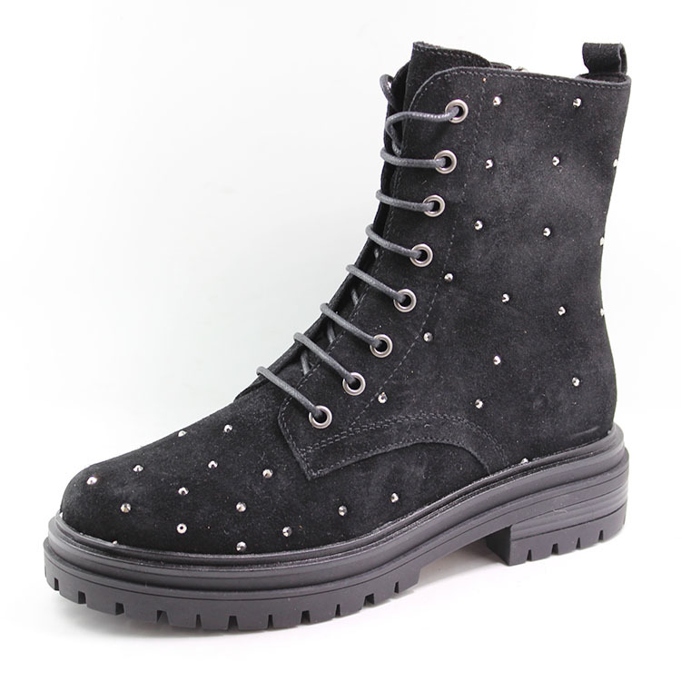 Women leather trending boots