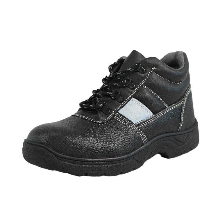 Comfortable industrial footwear